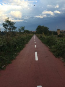 Cycle path into Rome