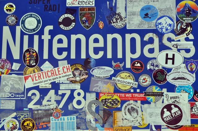 Nufenenpass sign